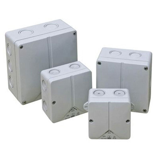 INSULATED ADAPTABLE BOX